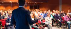 Realize palestras: No palco, profissionais dispostos a compartilhar conhecimento.Na plateia ouvintes ávidos por informações. Esse é o mercado