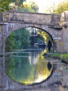 Leeds and Liverpool Canal near Armley Leeds, Bridges, Yorkshire, Liverpool, England, Memories, Photos, Memoirs, Souvenirs