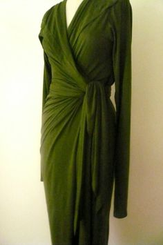 MARIA+SEVERYNA+Hunter+Green+Wrap+dress+in+wool+by+MariaSeveryna,+$219.00    Another colour perhaps?