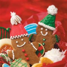Top 25 Food Gift Recipes - Give the gift of great recipes this holiday season. Surprise someone special with one of our favorite food gift recipes—Christmas cookies, fudge, holiday breads, hot chocolate mixes, Christmas candy and more!