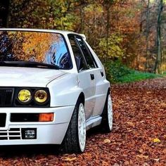 Bikes and Cars Lancia Delta, Automobile, Hatchback Cars, Martini Racing, Radio Control, Evo, Sport Cars, Concept Cars, Muscle Cars
