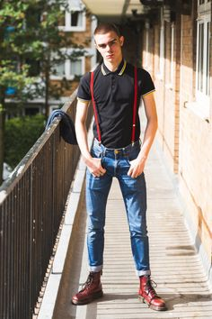 Discover recipes, home ideas, style inspiration and other ideas to try. Skinhead Men, Skinhead Boots, Skinhead Fashion, Punk Fashion, Fashion Outfits, Skinhead Style, Punk Outfits, Dr. Martens, Estilo Punk Rock