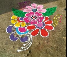 Take a look at these easy and simple rangoli designs. They can be easily made at home, try to make these easy and simple rangoli designs for festivals. Rangoli Designs Flower, Rangoli Border Designs, Rangoli Designs With Dots, Rangoli Designs Images, Beautiful Rangoli Designs, Free Hand Rangoli Design, Small Rangoli Design, Best Rangoli Design, Easy Chalk Drawings