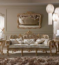 * Классический диван Venezia на ножках производства итальянской фабрики Alberto&Mario Ghezzani * Classic sofa Venezia manufactured by Italian factory Alberto&Mario Ghezzani
