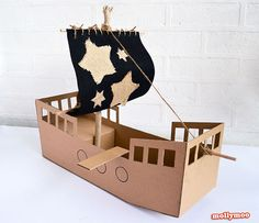 La nave dei pirati di cartone