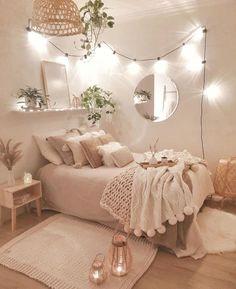 Bedroom Decor For Teen Girls, Cute Bedroom Ideas, Room Ideas Bedroom, Girl Bedroom Designs, Teen Room Decor, Small Room Bedroom, Bedroom Inspo, Small Apartment Bedrooms, Comfy Room Ideas