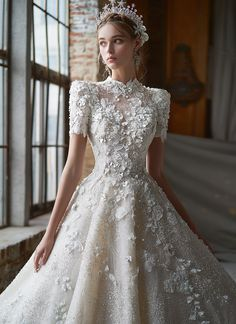 Embroidery Fashion, Embroidery Dress, Dresses Elegant, Beautiful Dresses, Best Wedding Dresses, Bridal Dresses, Non White Wedding Dresses, Vintage Style Wedding Dresses, Wedding Gowns With Sleeves
