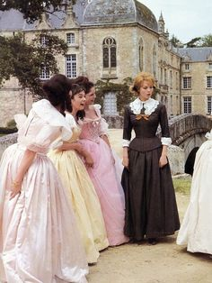 #6 Мне еще эта эпоха нравится. Вернее Анжелика как персонаж.  Film Angélique (1964) et ses suites