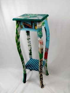 Turquoise aspidistra stand with drawer