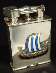 Parker Beacon silver metal Swiss lighter, the case