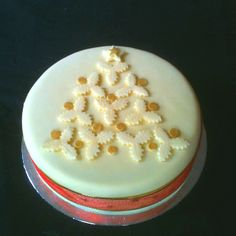 Christmas cake for a friend.