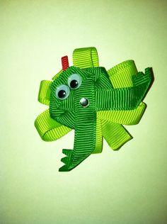 Frog ribbon sculpture hair bow clip