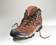 Photo by Garmont. Article: Tips for buying light hiking shoes