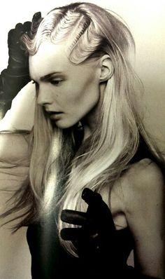 Finger waves - long blonde hair