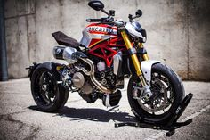 """Dans la gamme Ducati, le Scrambler est la proie à de nombreuses préparations. Hors, chez XTR Pepo, on a décidé de s'attaquer à la Monster pour réaliser cette """"Siluro""""."""