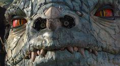 Je suis un chasseur de dragon ! ( mes photos ) - mystique, étrange, gothique Mystique, Science Fiction, Mount Rushmore, Passion, Animation, Photos, Underwater Photography, Mythical Creatures, The Beast