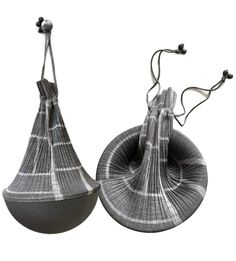 ISSEY MIYAKE PLEATS PLEASE small bag colour gray Total height: approx. 27 cm Diameter: approx. 16 cm