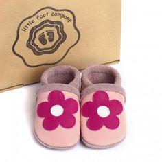 little foot company baby slofjes bloem roze  handgenaaide kruipschoenen van nappa leer www.emmaswereld.nl