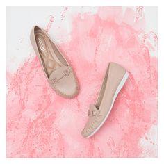 d3318b17fe Bolsas e Sapatos Femininos e Masculinos