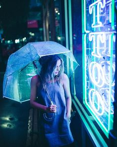 umbrellas under neon rain.⚡️ thanks for all th. Neon Lights Photography, Umbrella Photography, Cute Photography, Night Photography, Creative Photography, Portrait Photography, Night Portrait, Neon Nights, Foto Pose