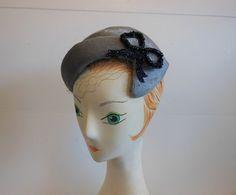 1950s hat / Bow Vintage 50's Schiaparelli by Planetclairevintage, $168.00