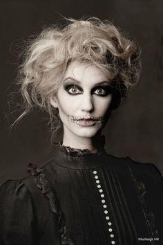 idee halloween schminke frauen skeletton zersauste haare