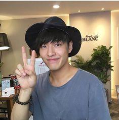 @galpos3 주말은 잘 보냈어요? 週末もミュージカルの練習だったかな.… あと1週間‼︎화이팅 👍💗 D-263 #강하늘 #kanhaneul #カンハヌル #신흥무관학교 #choac... #yooying Korean Male Actors, Korean Celebrities, Kdrama, Kang Haneul, Why Im Single, Lee Dong Wook, Moon Lovers, Asian Boys, Musical Theatre