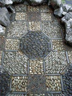 Patio Stone Mosaic Pattern Pebble Garden Paths