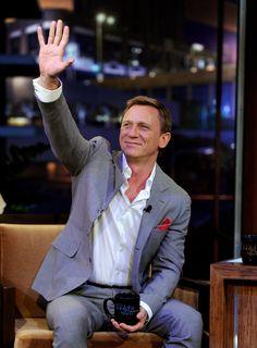 Pin for Later: 24 Photos That Prove Daniel Craig Isn't as Grumpy as You Think Daniel Craig Style, Daniel Craig James Bond, Rachel Weisz, Casino Royale, Celebrity Dads, Celebrity Gossip, Celebrity Style, Daniel Graig, Best Bond