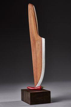 La société allemande Lignum vient de développer un couteau composé à 97% de bois et à 3% d'acier carbone. Ce concept permet à la société de produire jusqu'