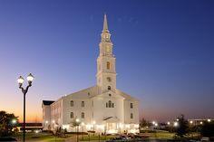 Pilgrim Chapel at Dallas Baptist University. A beautiful wedding chapel in Dallas.