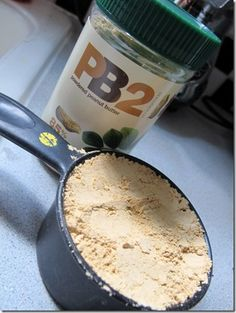 How to Make Your Own Protein Powder Mix > has (peanut butter powder 2 - powdered p-nut butter?) > there's enough stuff in this one to help you overpower Stuperman (yeah-I meant to misspell Superman's name ; Homemade Protein Powder, Paleo Protein Powder, Protein Powder Recipes, Protein Recipes, Diy Protein Bars, Protein Foods, Protein Mix, Protein Sources, High Protein