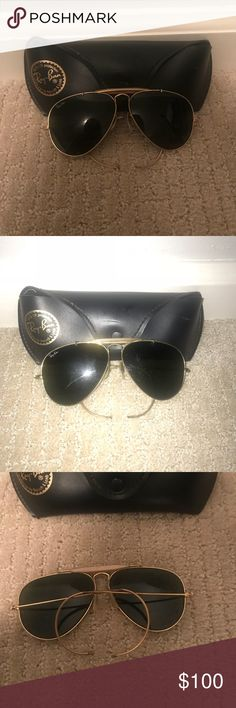 6410f54d1f7b6 VINTAGE Ray Ban Aviators Vintage Ray Ban Aviators Gold and Black Minor  scratches Ray-Ban Accessories Sunglasses
