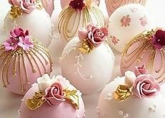 Bolas de pastel de boda in 2020 Fancy Cakes, Mini Cakes, Cupcake Cakes, Wedding Cake Pops, Wedding Cakes, Pretty Cakes, Beautiful Cakes, Patisserie Fine, Candy Apples