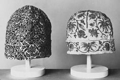 Cap (headgear) @ the V, made in Britain 1580-1620.  Silk embroidery on Linen.  Look at how heavy the embroidery is on the left cap. Couldn't find a close up.