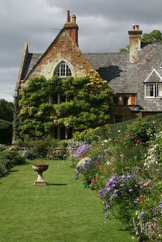 COTON MANOR GARDEN Northamptonshire Stunning Flowers And Gardens Pictures