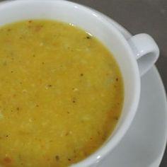 Çorbaların efendisi... Neredeyse çorba diyince ilk akla gelen bu nefis mercimek çorbası tarifi'ne bayılacaksınız. Tüm süreci fotoğraflarla detaylandırılmış bu mercimek çorbası tarifine aşağıdaki linkten ulaşabilirsiniz: http://corba.tarifleri.co/mercimek-corbasi-tarifi/