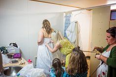 Autumn + Kevin - Rainy Fall Silver Falls Oregon Wedding - Photography by Amy Nicole