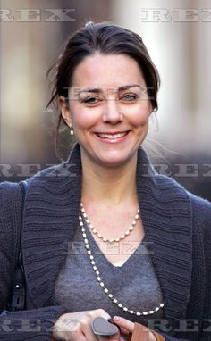Kate Middleton out and about in Chelsea, London, Britain - 29 Nov 2006