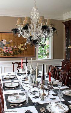 A Stylish Halloween Table Setting!