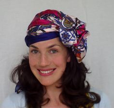 Vintage Hairstyles Tutorial I love headscarves. They are a saviour on dodgy hair days. I highly suggest not using a slippery scarf like the one I use in the video. It makes it terribly . Vintage Hairstyles Tutorial, Retro Hairstyles, Scarf Hairstyles, Turbans, Hair Day, New Hair, Head Wrap Scarf, Head Scarfs, Hair Mask For Dandruff
