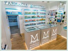 Diseño mostradores Farmacia Magistral, Murcia