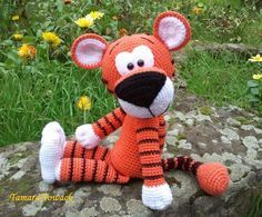 Soft Toy Tigger - free pattern in Russian Amigurumi Toys, Amigurumi Patterns, Knitting Patterns, Crochet Patterns, Stuffed Animal Patterns, Diy Stuffed Animals, Diy Crochet For Beginners, Knitted Animals, Toys Shop