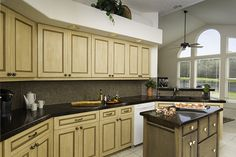 Treat yourself to a Visually Appealing Kitchen and Bath Cabinets. GT's Cabinet Refacing Service creates a new look without spending a fortune Refacing Kitchen Cabinets, Bath Cabinets, Cabinet Refacing, New Cabinet, Cabinet Doors, Condo Kitchen, Kitchen And Bath, Kitchen Trends, Kitchen Ideas