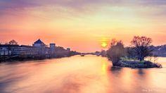 Beau coucher de soleil au dessus de la Loire- Tours
