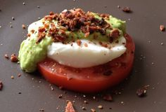 Fast Paleo » Paleo Eggs Benedict #paleo