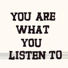 Música, mucha música, que mi corazón es de condominio... La única música que no cabe es la metalera...