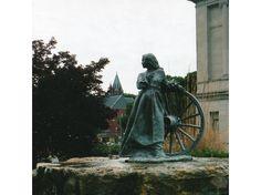 No Turning Back-Memorial to Oregon Trail Pioneers - Missouri