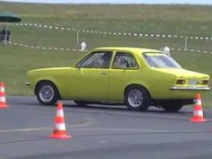 Quarter Mile Dragracing 10,7 seconds - YouTube