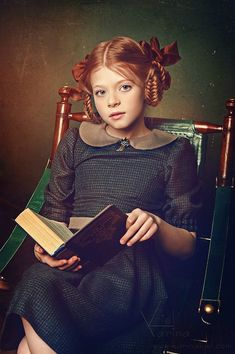 Карина Киль__Before Xbox and Wii__Beautiful portrait of little girl reading